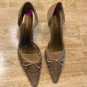 Liz Claiborne flex slip-on golden brown pumps